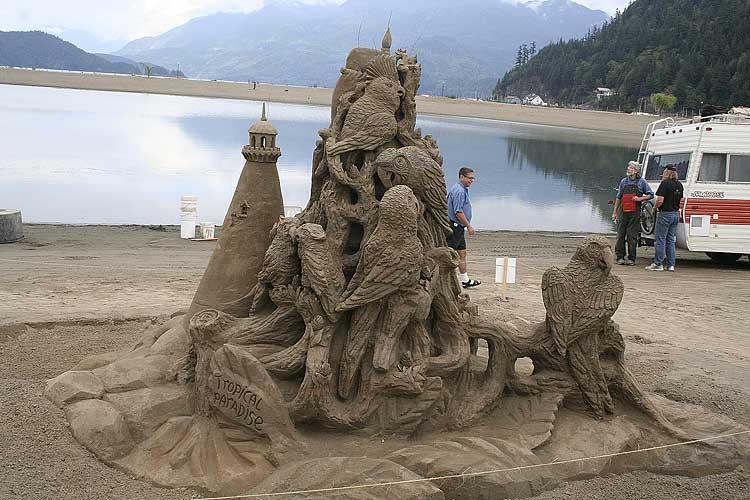 figuras en la arena  Sand_sculptures_14