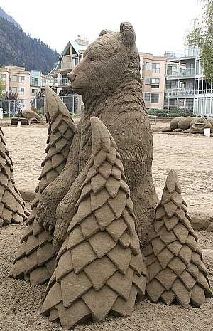 figuras en la arena  Sand_sculptures_29