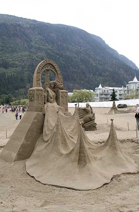 figuras en la arena  Sand_sculptures_30
