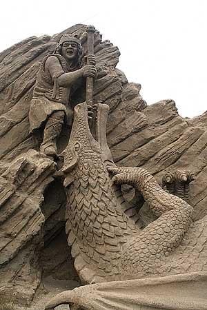 figuras en la arena  Sand_sculptures_38